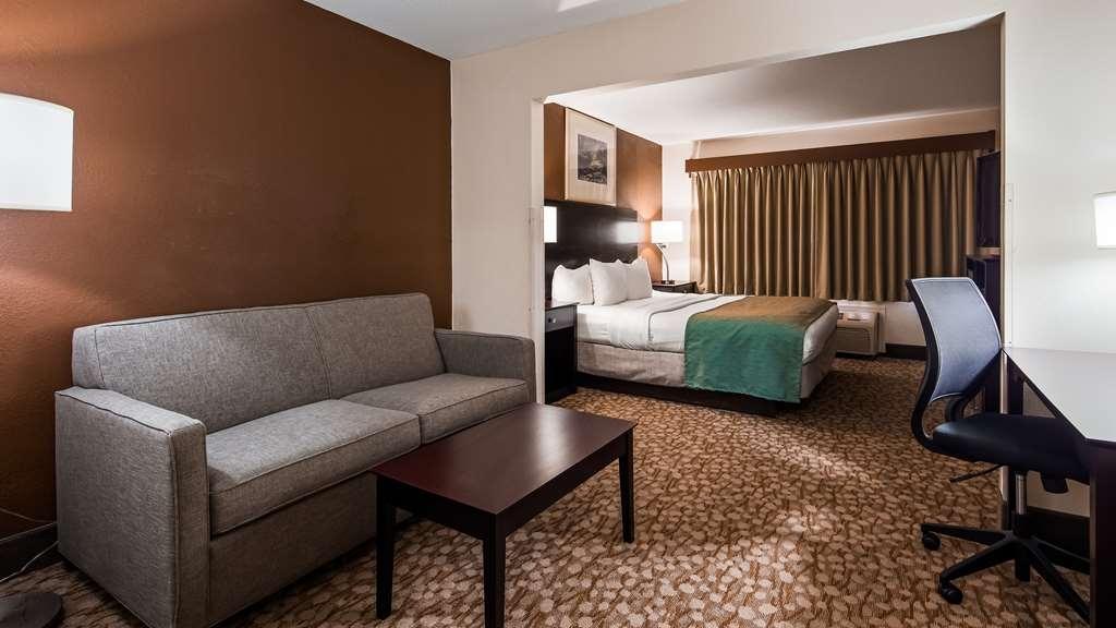 Best Western Kendallville Inn - Suite