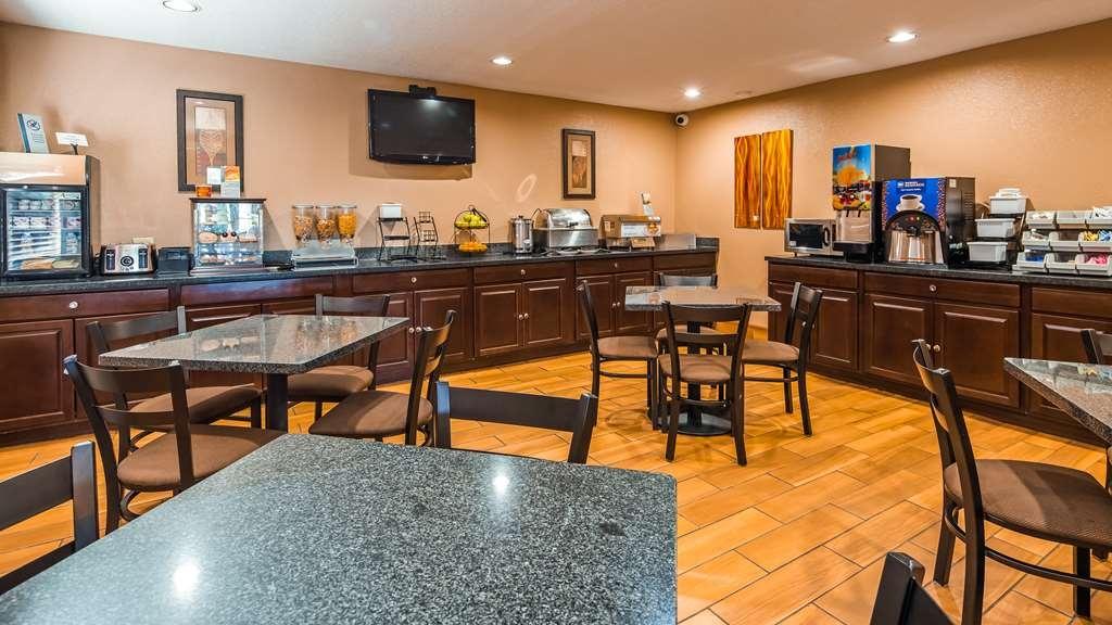 Best Western Muncie - Breakfast Area