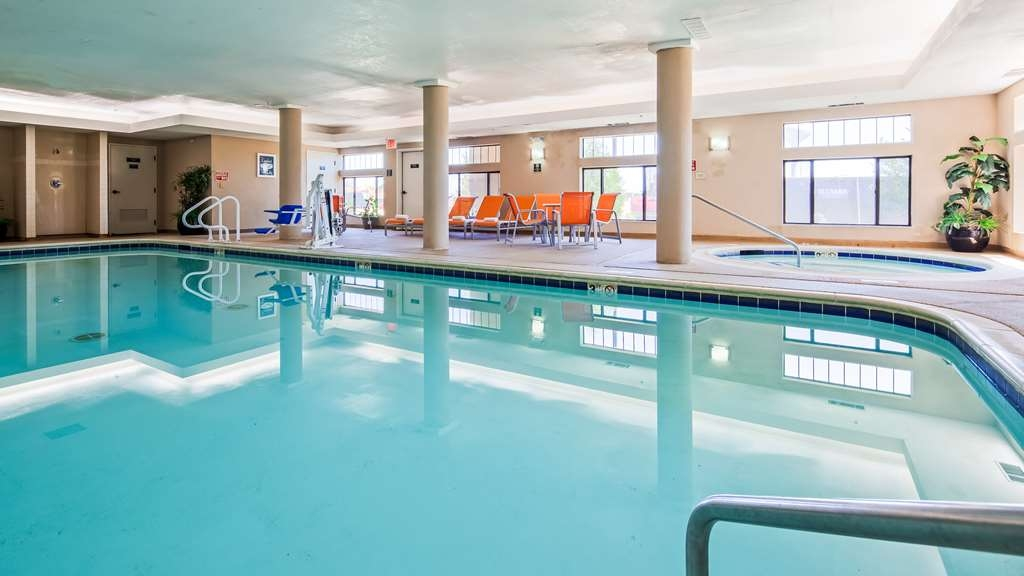 Best Western Inn & Suites of Merrillville - Vue de la piscine