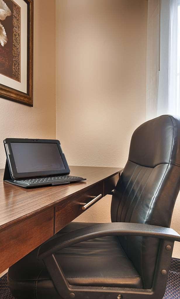 Best Western Plus Brandywine Inn & Suites - centro de negocios-característica