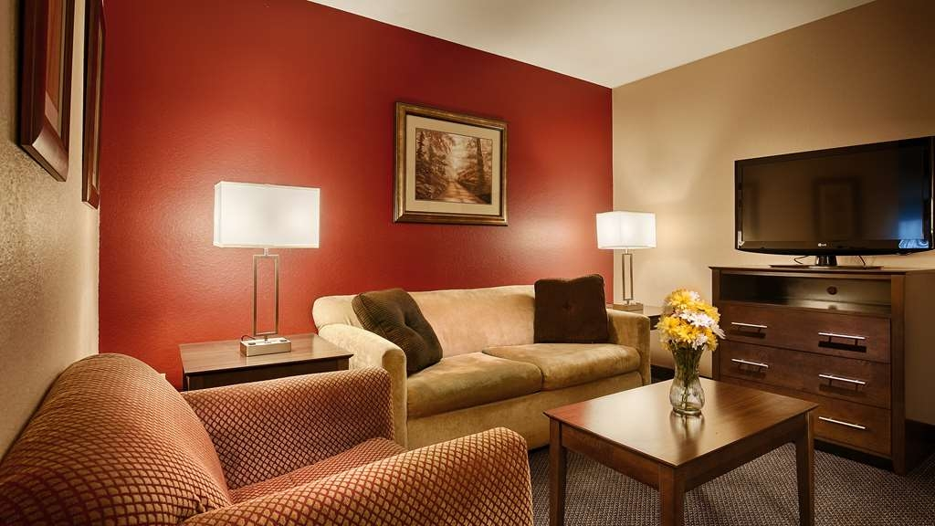 Best Western Plus Brandywine Inn & Suites - Chambres / Logements