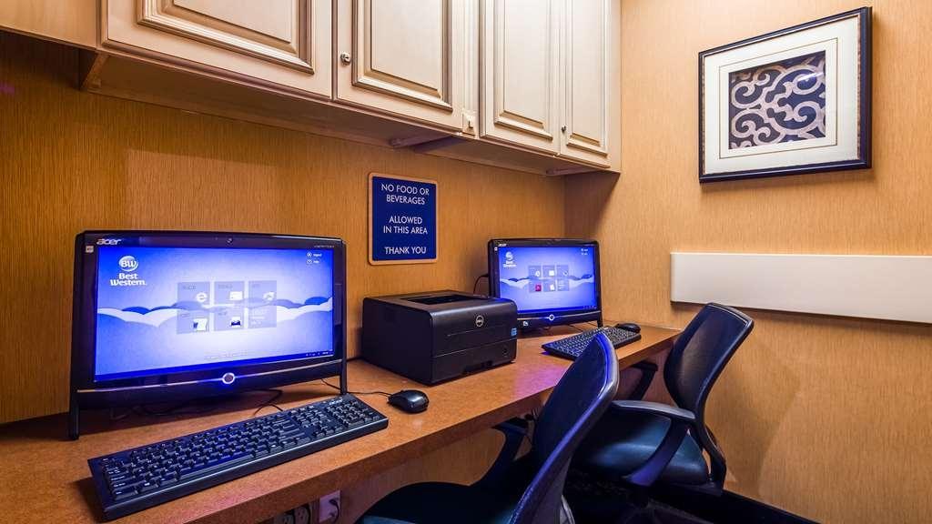 Best Western Plus Brandywine Inn & Suites - affari-centro