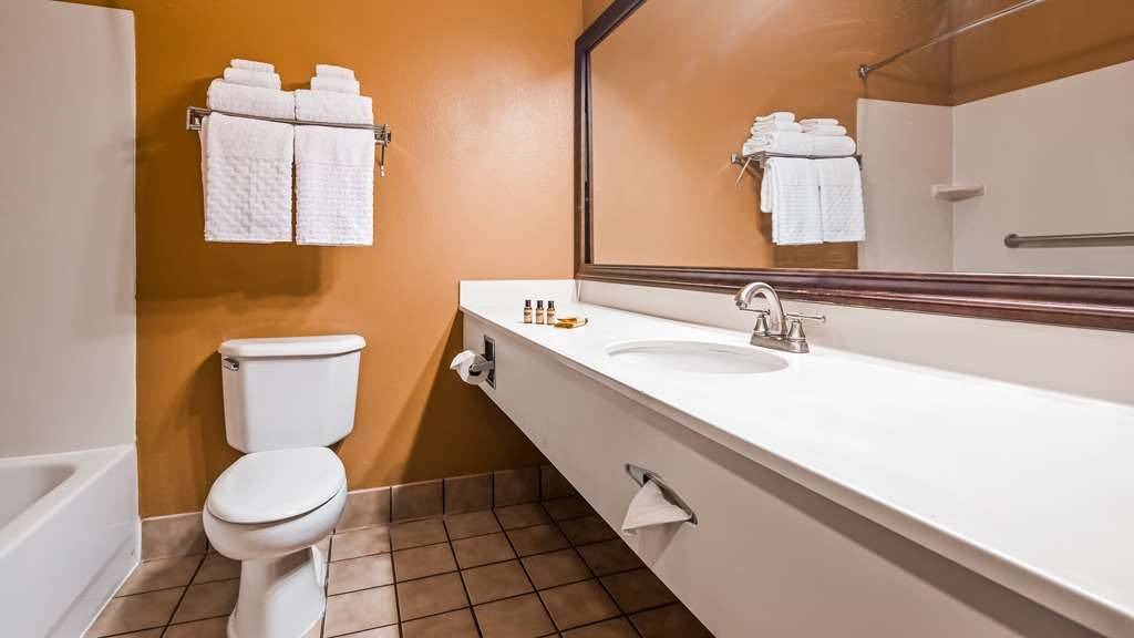 Best Western Plus Brandywine Inn & Suites - Habitaciones/Alojamientos