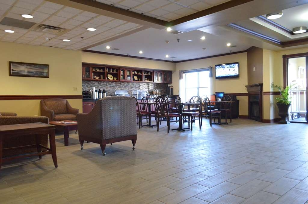 Best Western Airport Suites - Hotel Lobby