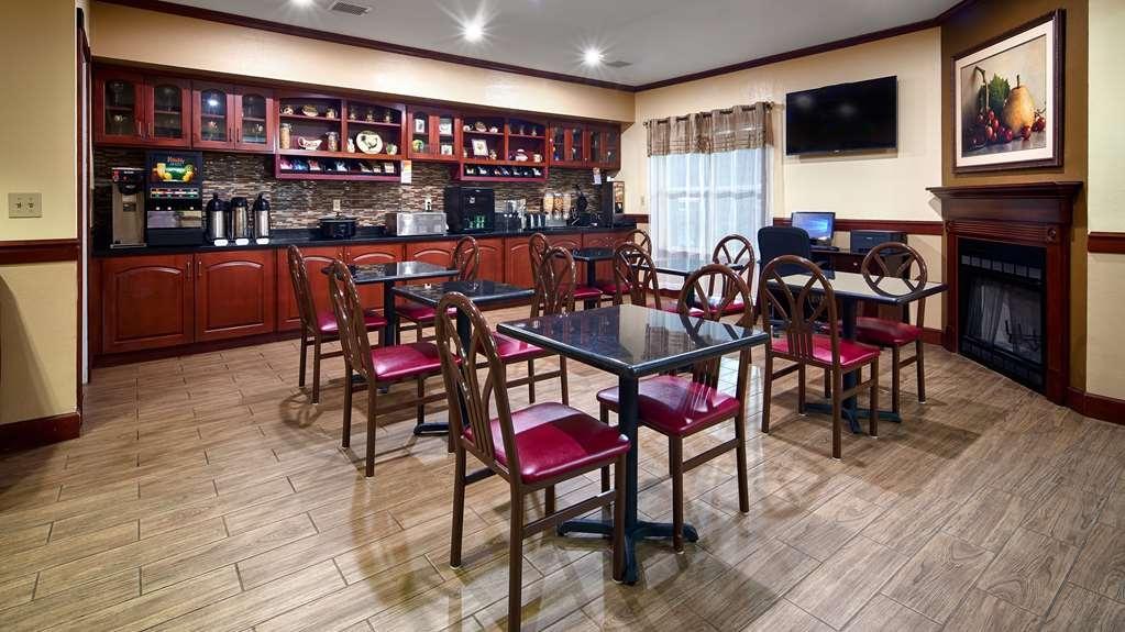 Best Western Airport Suites - Breakfast Area