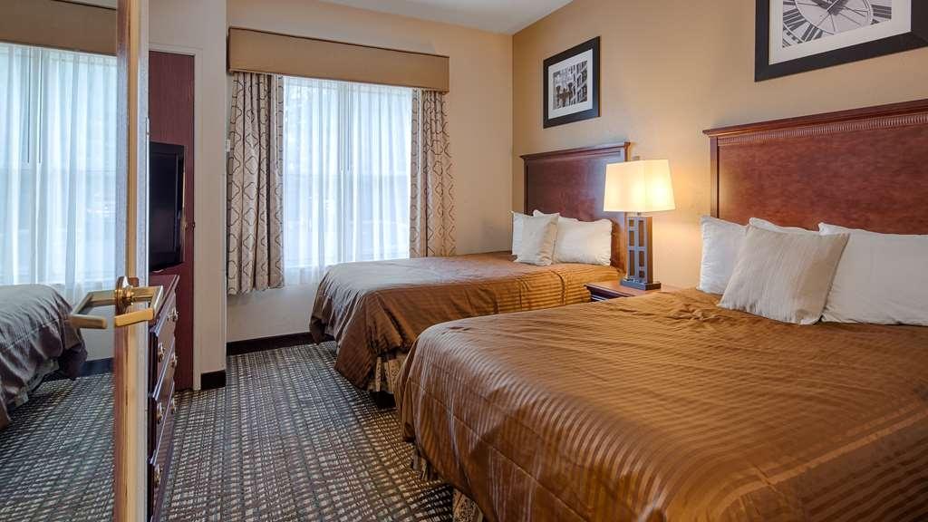 Best Western Airport Suites - Two Queen Guest Room