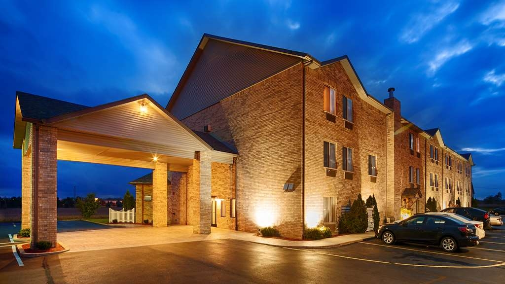 Best Western Plus Howe Inn - Welcome to the Best Western Plus Howe Inn!