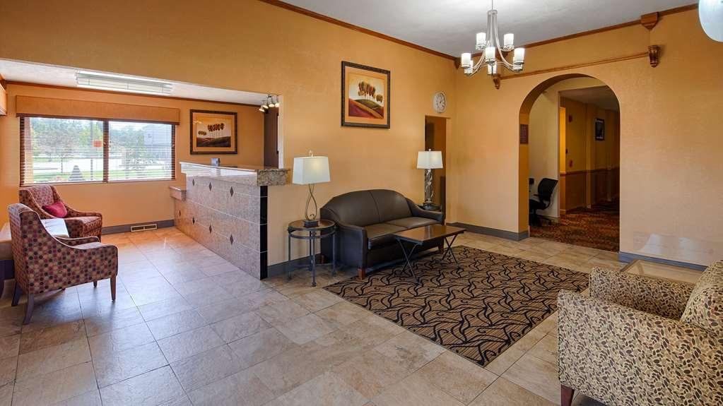 Best Western Martinsville Inn - Hall