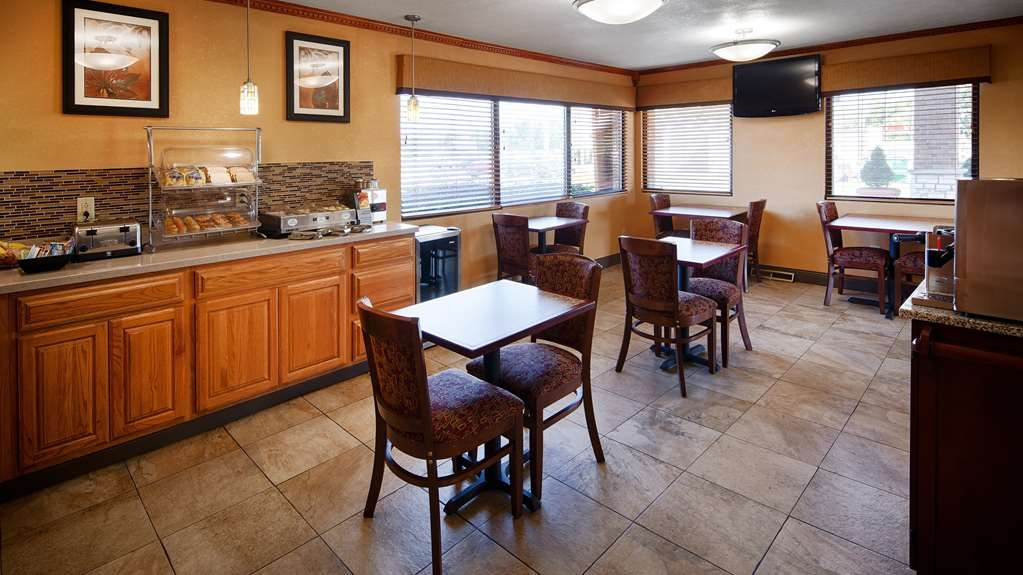 Best Western Martinsville Inn - Breakfast Area