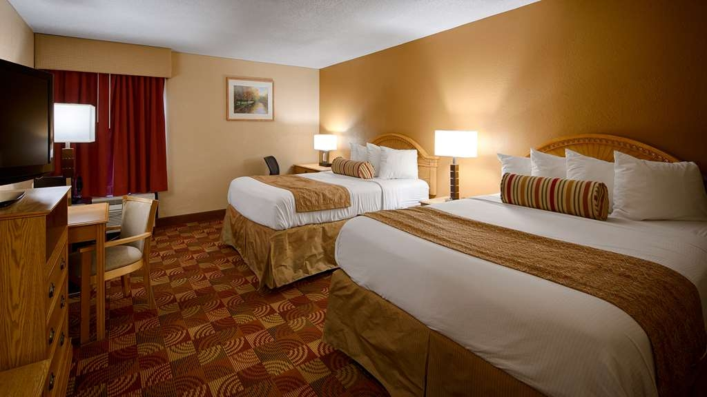 Best Western Martinsville Inn - Two Queen Guest Room