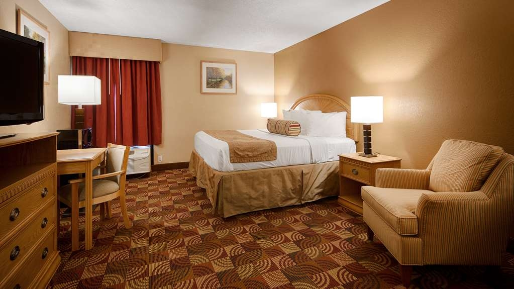 Best Western Martinsville Inn - King Guest Room