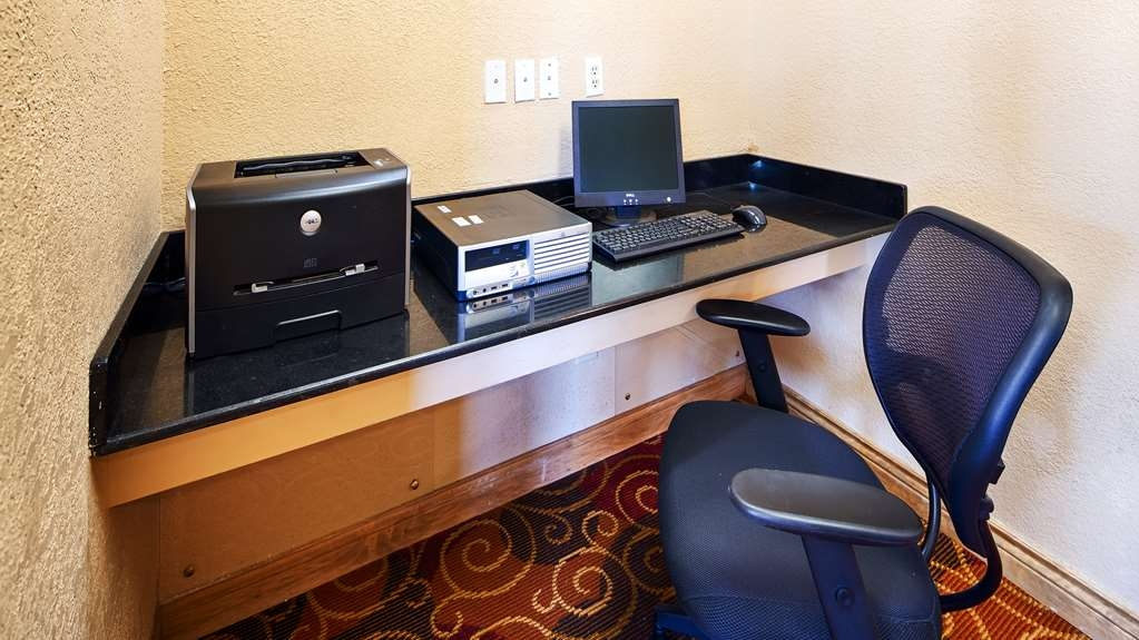 Best Western Martinsville Inn - Business Center