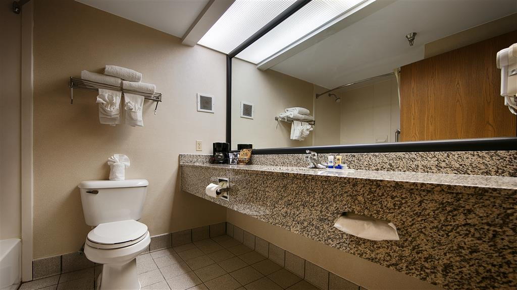 Best Western Classic Inn - Cuarto de baño de clientes