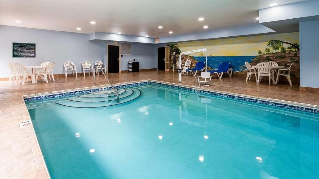 Best Western Classic Inn - Vista de la piscina