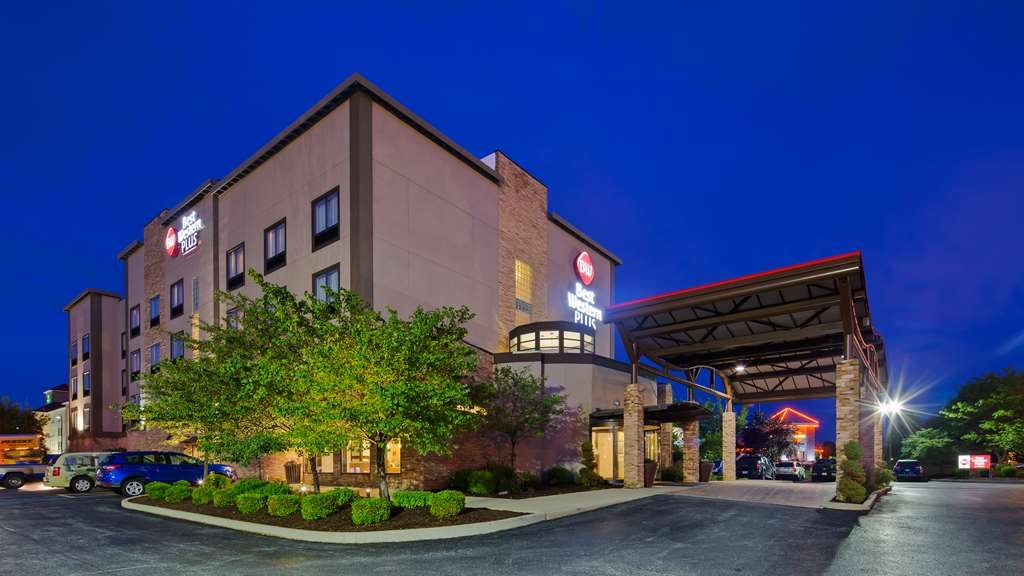Best Western Plus Atrea Airport Inn & Suites - Vista Exterior