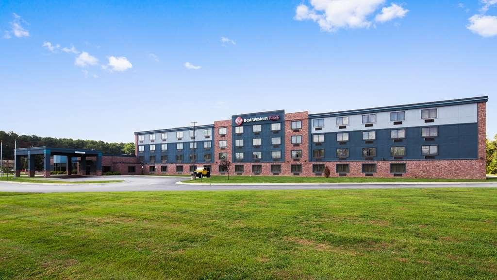 Best Western Plus Portage Hotel & Suites - Facciata dell'albergo