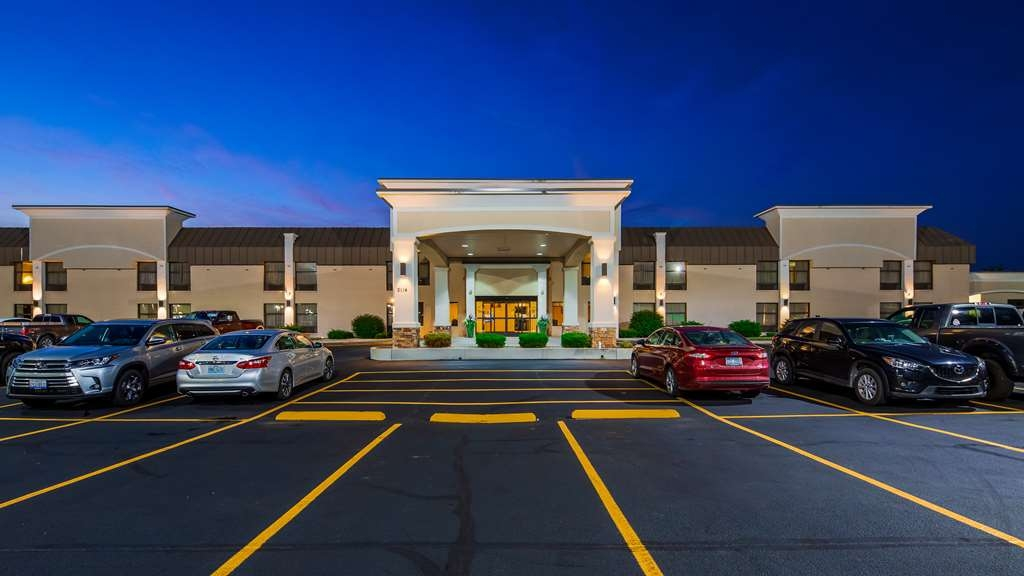 Best Western Plus Anderson - Make the Best Western Plus Anderson your next home away from home while exploring some of the cities great attractions.