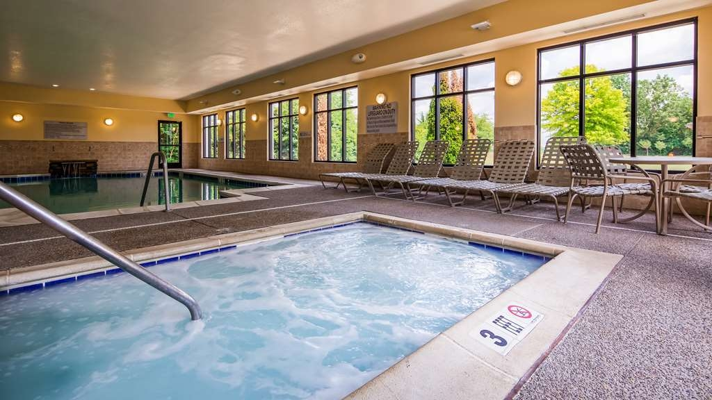 Best Western Plus Anderson - Our indoor heated pool is the perfect place to rejuvenate after a day of exploring Anderson, Indiana.