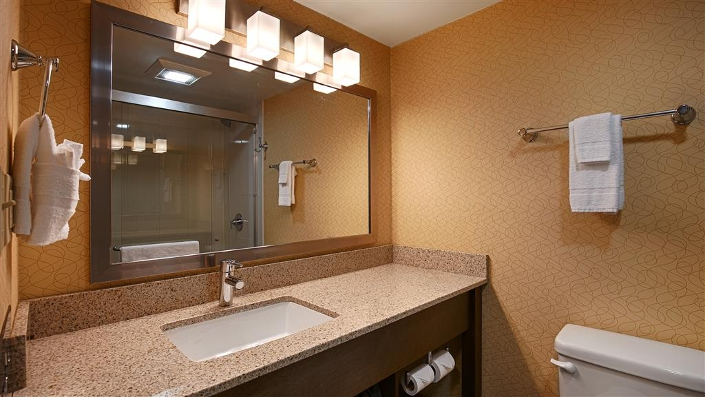 Best Western University Inn at Valparaiso - We take pride in making everything spotless for your arrival.
