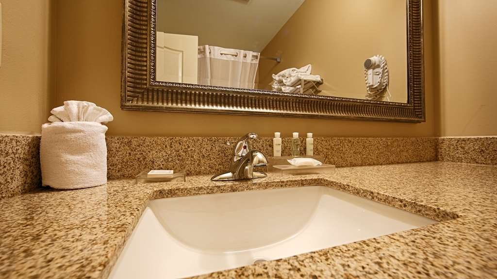 Best Western Plus Fort Wayne Inn & Suites North - Salle de bain