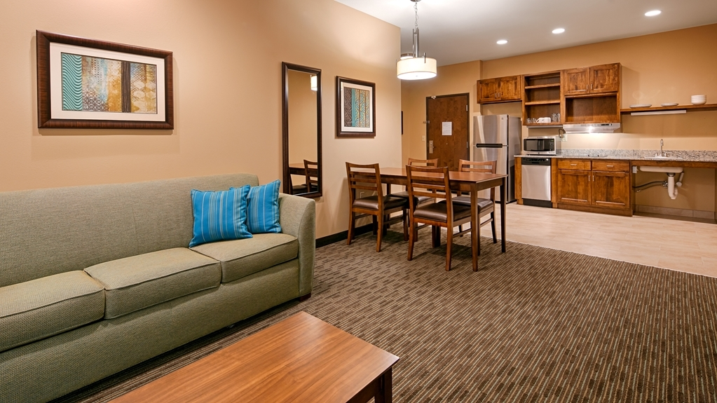 Best Western Plus French Lick - Use the separate living space in our suites for entertaining, and keep your sleeping area private.