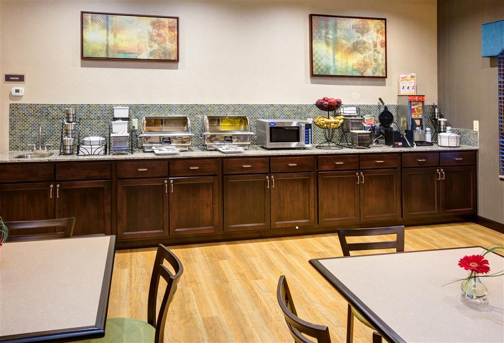 Best Western Plus French Lick - Rise and shine with a complimentary breakfast every morning.