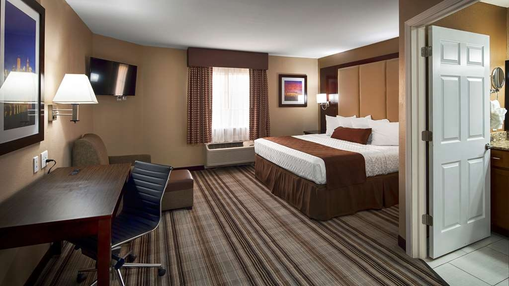 Best Western Plus Crawfordsville Hotel - King Guest Room