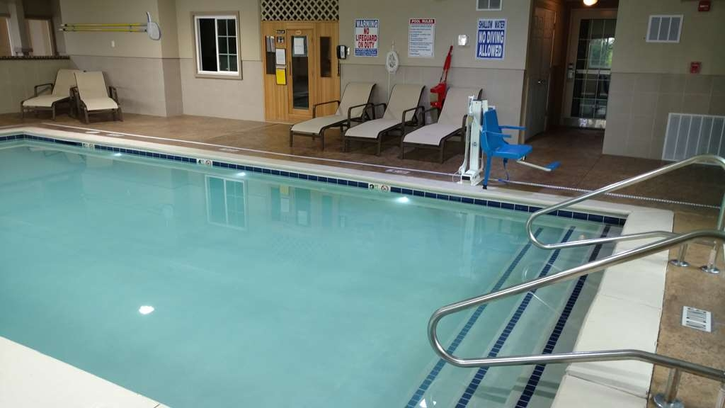 Best Western Plus Crawfordsville Hotel - Don't let the weather stop you from jumping in, our indoor pool is heated year-round for you and your friends.