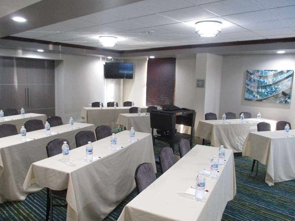 Best Western Plus Indianapolis NW Hotel - We can host your next celebration or breakfast meeting in one of our meeting rooms.