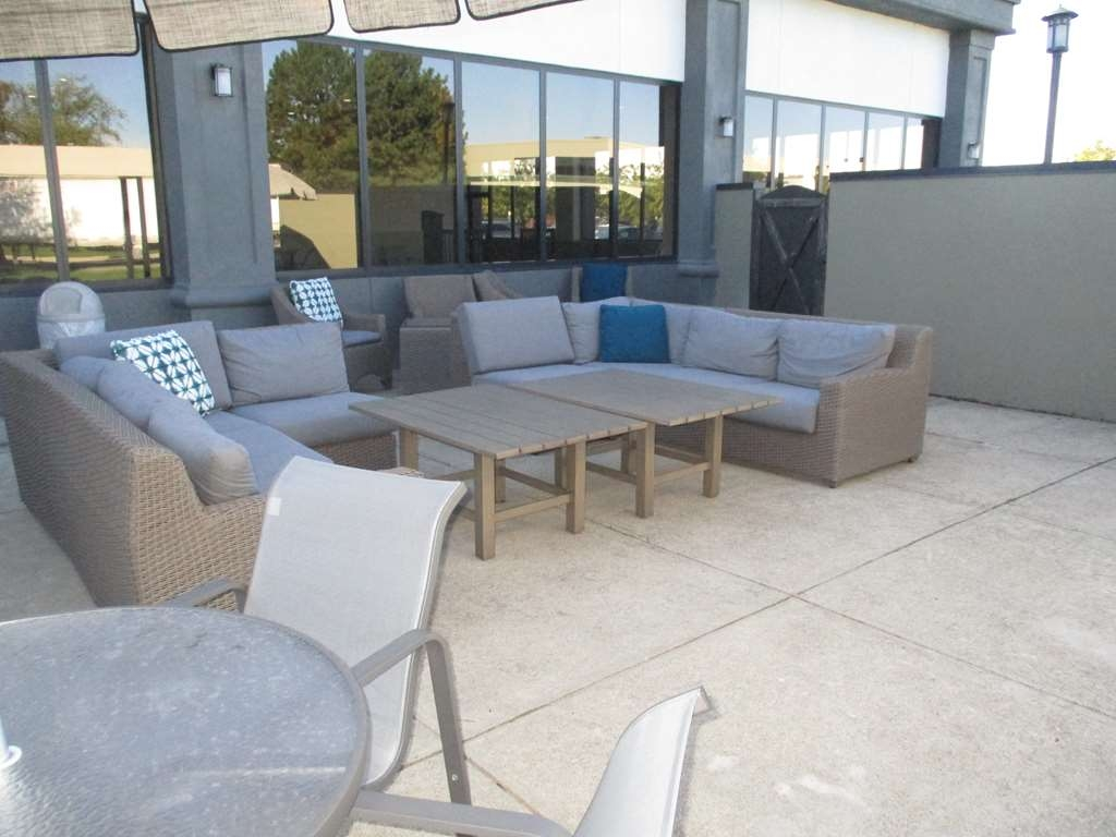 Best Western Plus Indianapolis NW Hotel - Come & relax out by our fire pit with our peaceful view.