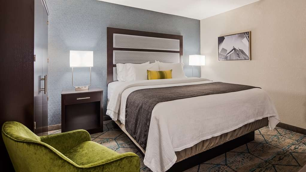 Best Western Plus Indianapolis NW Hotel - Guest Room