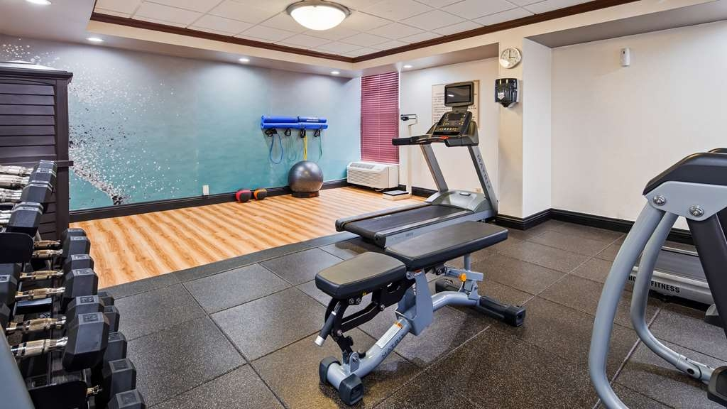 Best Western Plus Indianapolis NW Hotel - Maintain your fitness routine during your stay with us in our fitness center.