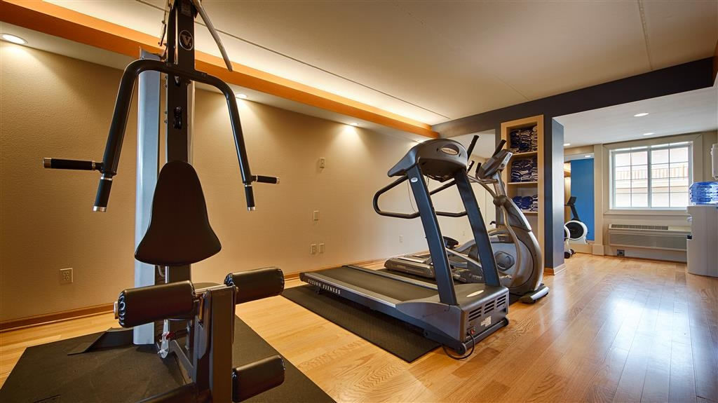 Best Western Starlite Village - Stay fit when you travel in our fitness center.