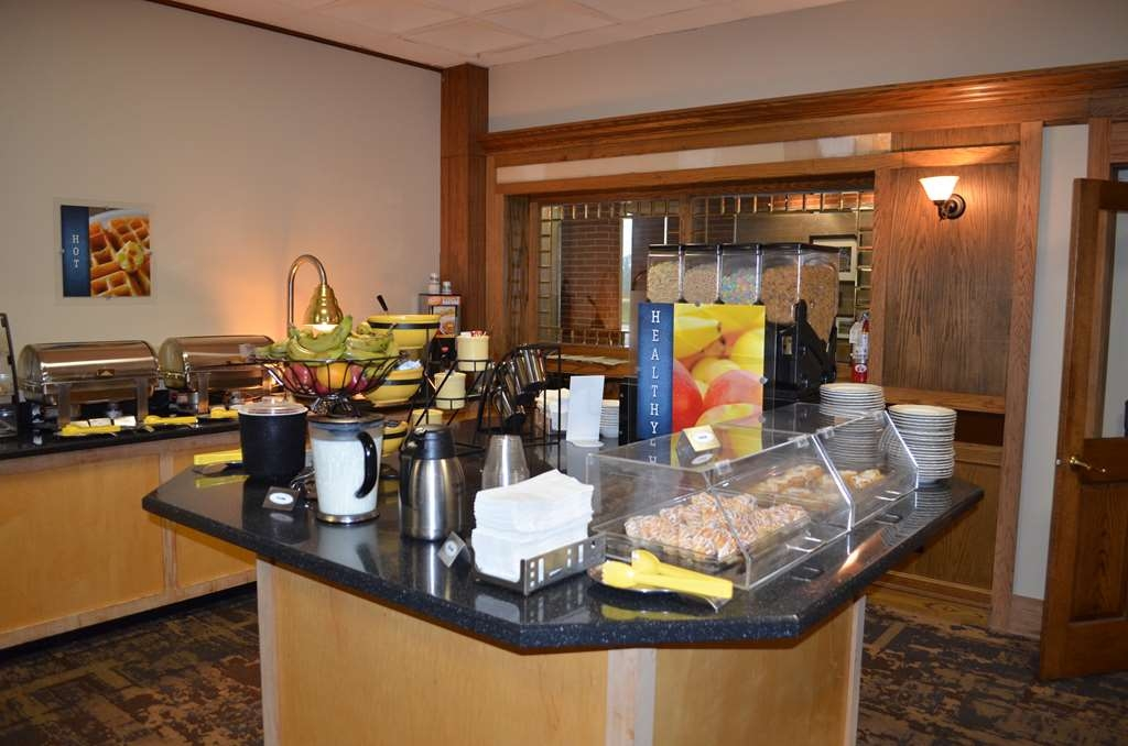 Best Western Starlite Village - What's breakfast without a pastry item. Filled or glazed check out our varying selection for that morning sweet tooth.