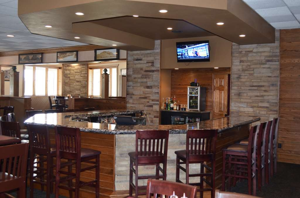 Best Western Starlite Village - Bar/Lounge
