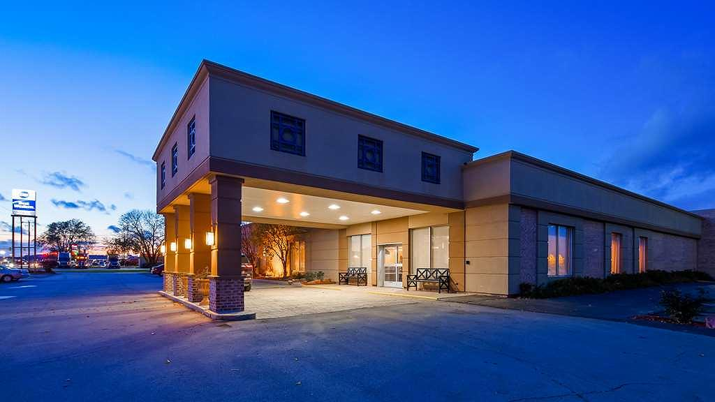 Best Western Crossroads of the Bluffs - Vue extérieure