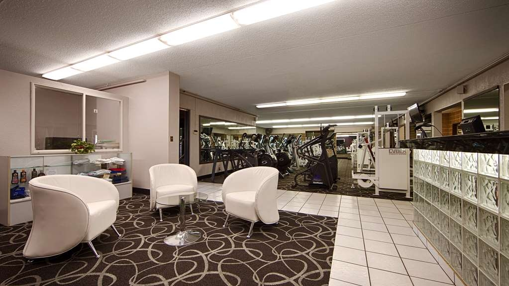 Best Western Plus Longbranch Hotel & Convention Center - exercise chambre
