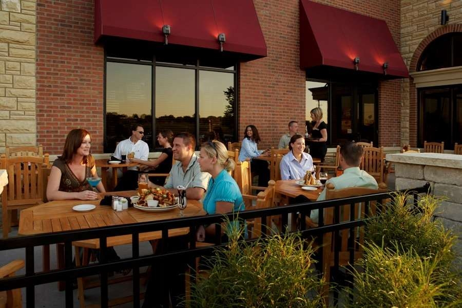 Best Western Plus Dubuque Hotel & Conference Center - Enjoy a lunch or dinner on our patio!