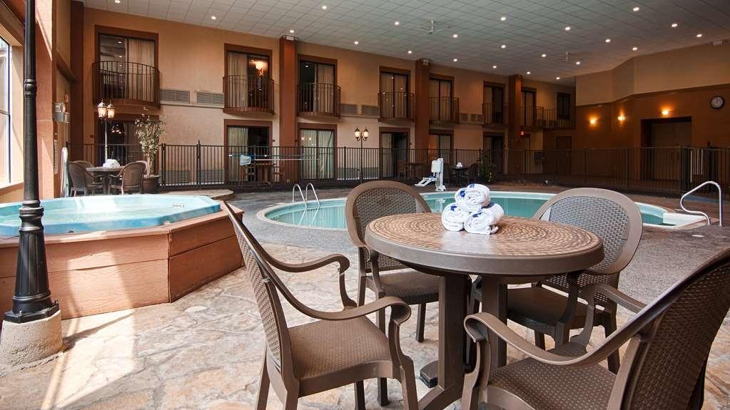 Best Western Fairfield Inn - piscina coperta