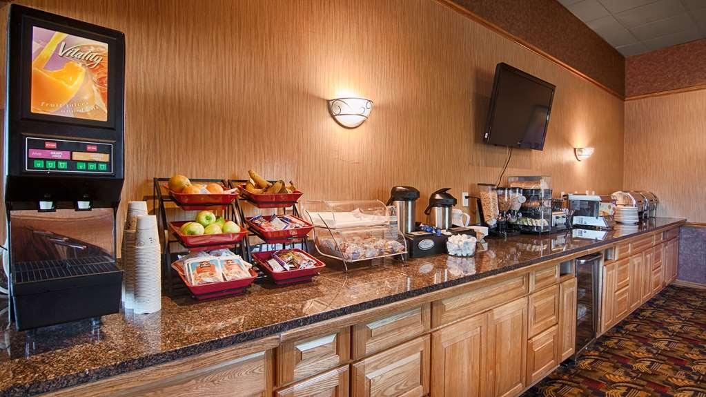 Best Western Fairfield Inn - Prima colazione a buffet