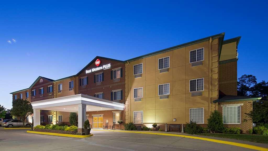 Best Western Plus Des Moines West Inn & Suites - Vista exterior