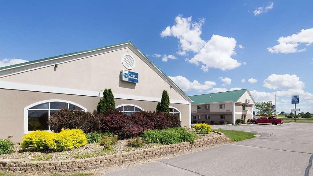 Best Western Pioneer Inn & Suites - Area esterna