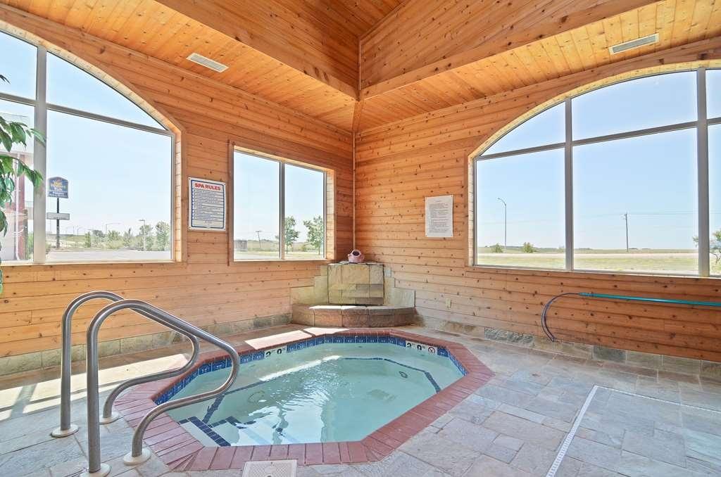 Best Western Pioneer Inn & Suites - whilrpool