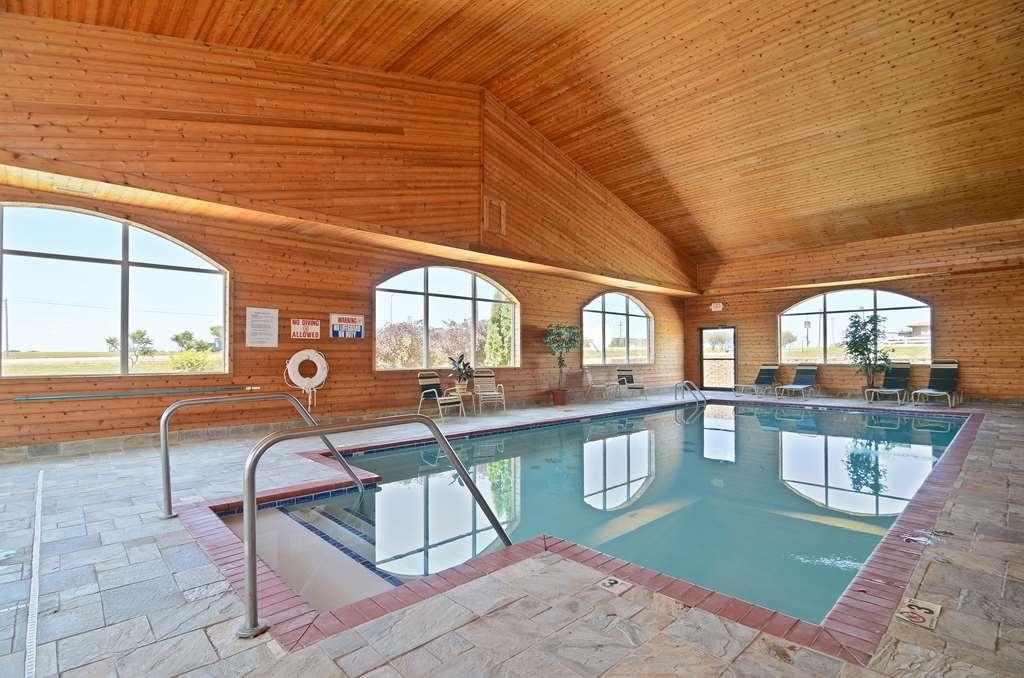 Best Western Pioneer Inn & Suites - Poolansicht