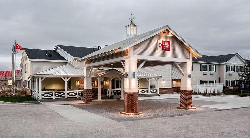 Best Western Plus University Park Inn & Suites - Area esterna