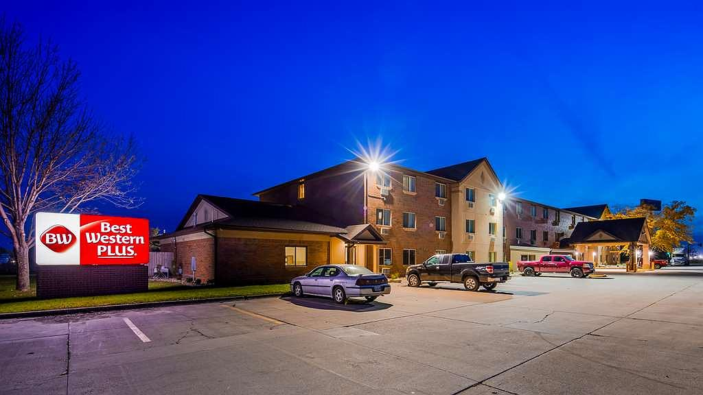 Best Western Plus Altoona Inn - Aussenansicht