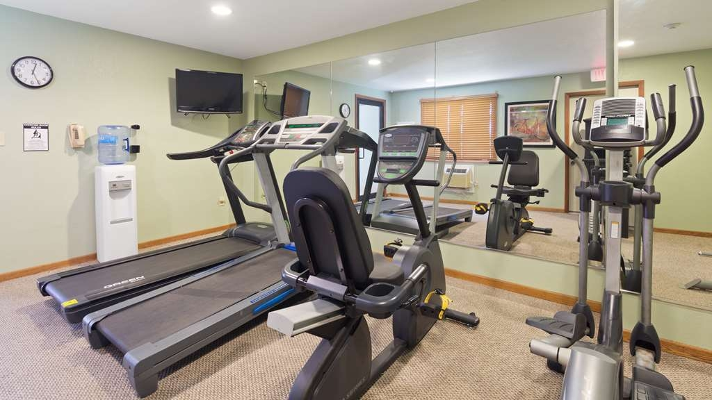 Best Western Mt. Pleasant Inn - Maintain your fitness routine during your stay with us in our fitness center.
