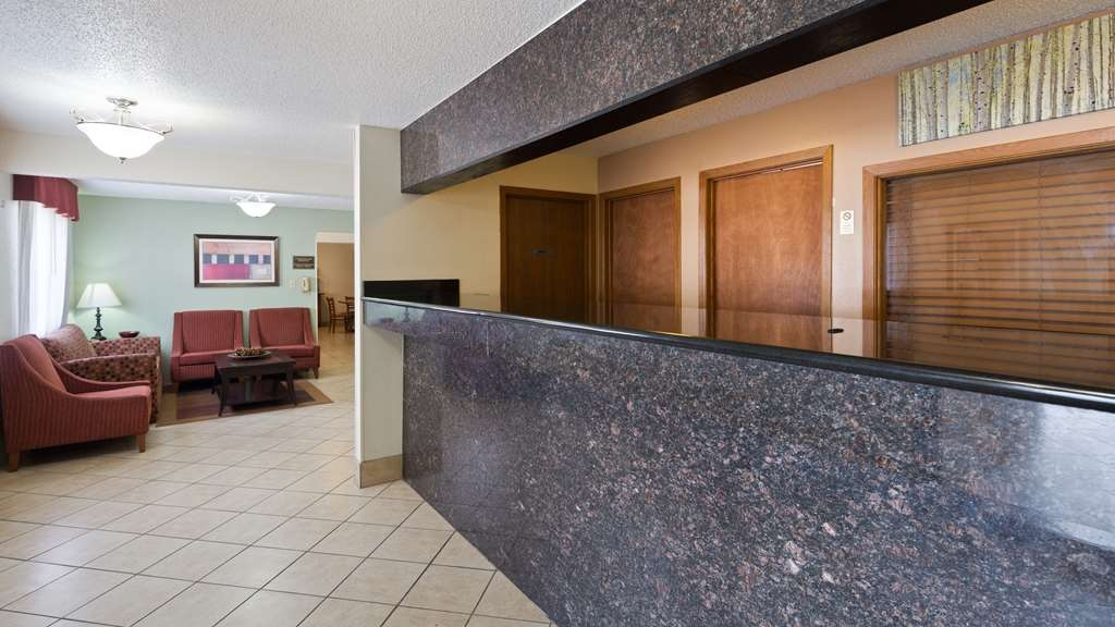 Best Western Mt. Pleasant Inn - Make sure you visit our front desk staff for check in/out help.