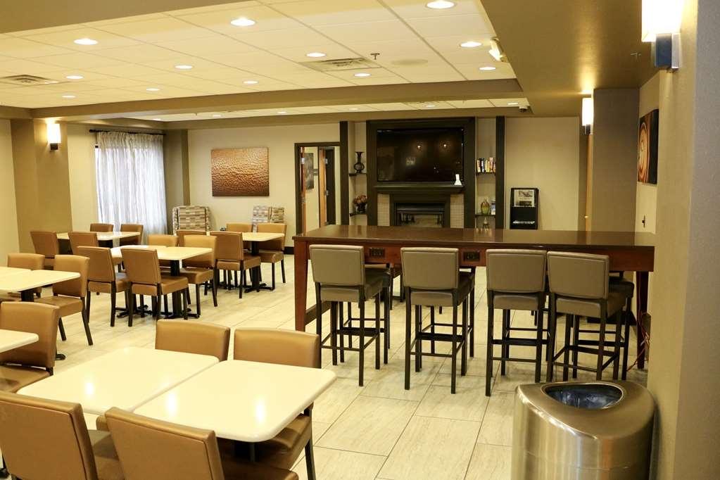 Best Western Plus Omaha Airport Inn - Prima colazione a buffet