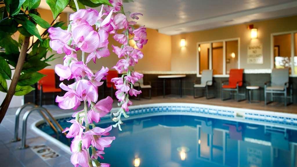 Best Western Pearl City Inn - Indoor Pool